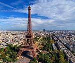 На майские праздники в Париж